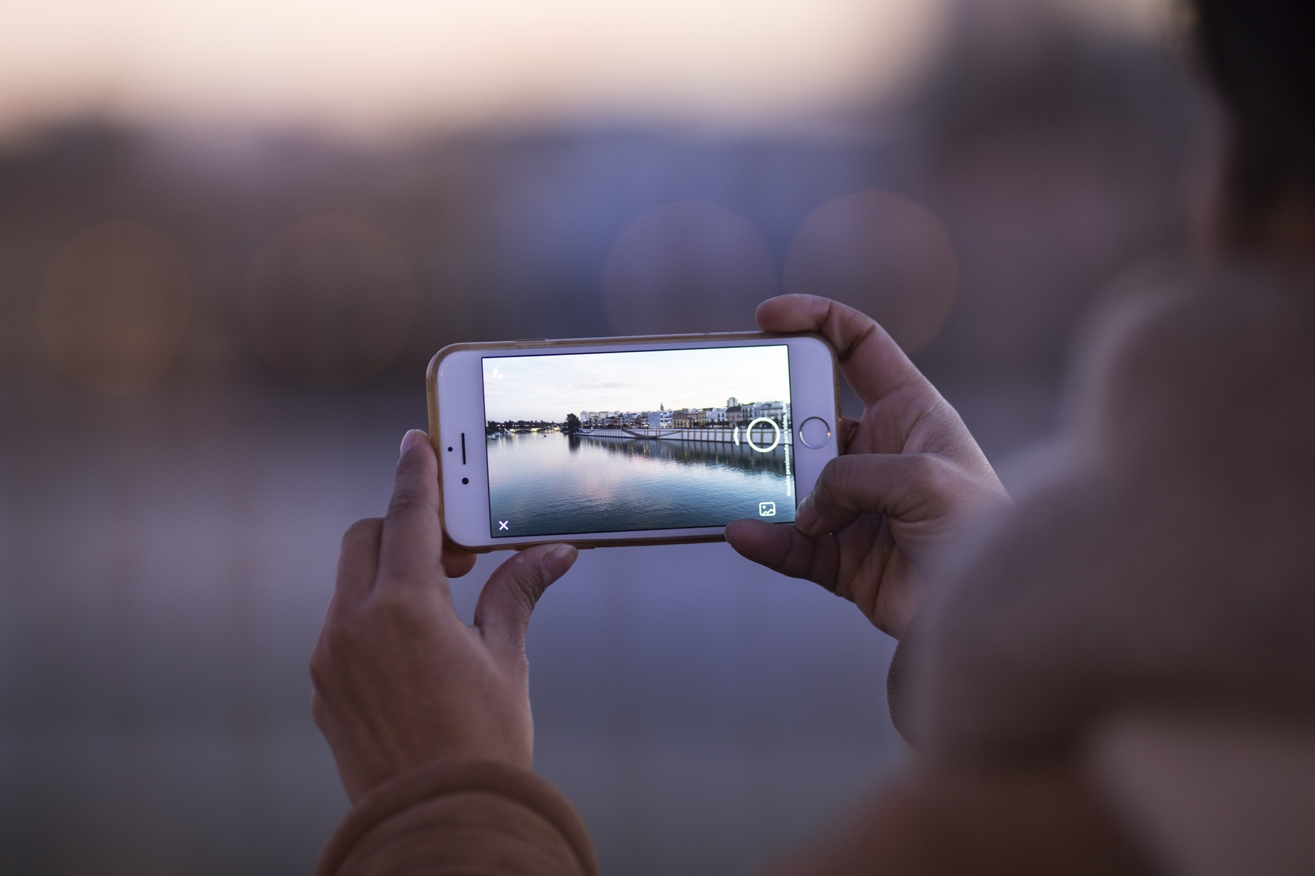 Campfire Collective: How to Take Better Instagram Pictures With Your Phone